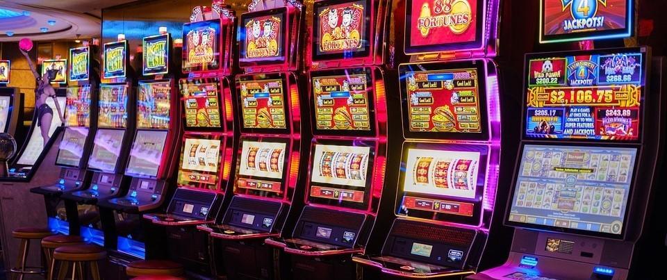 slot machine-slot-machine-virtuali-strategie-quanto si guadagna-vincite-slot casino-slot machine gratis-gratis-slot machine online-777